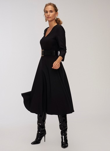People By Fabrika V Yaka Kloş Elbise Siyah